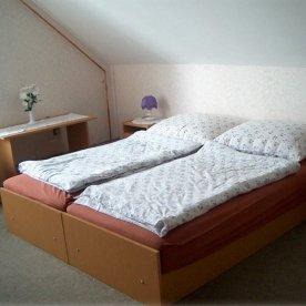 Jakab Apartman - Vonyarcvashegy - szoba