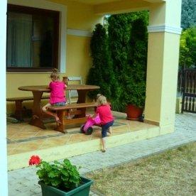 magdolna-apartmanhaz-terasz-kep
