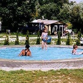 Vonyarcvashegy - Park kemping és üdülőfalu - medence