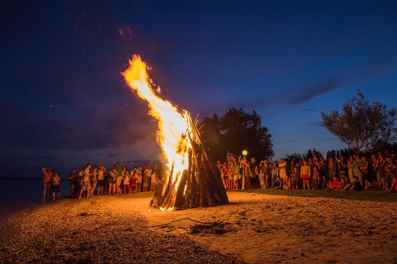 Szent Iván-éji tűzgyújtás