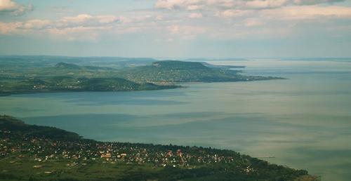 Sétarepülés a Balaton felett